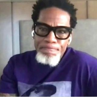 """D.L. Hughley Gives Cosby A Back Handed Compliment While On The Breakfast Club."""""""