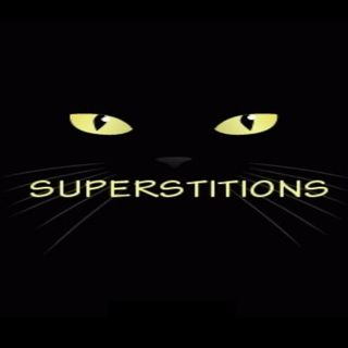 Superstitions - Crossed Fingers