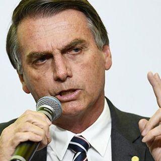 Brasile, Bolsonaro ammette di avere i sintomi del covid. Atteso l'esito del tampone