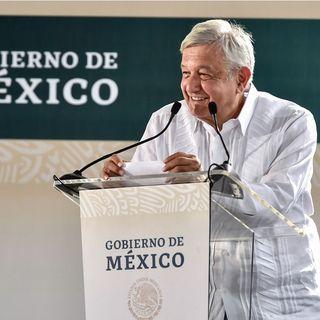 Llama AMLO a respetar contratos de Tren Maya