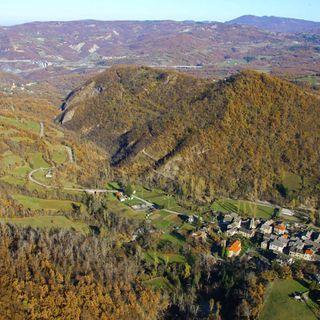 Abbiamo scelto per voi: Corchia - escursione in piccolo borgo dell'Appennino Parmense