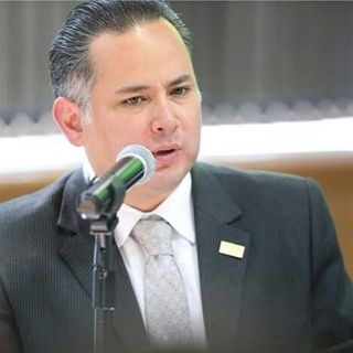 García Luna, empleó un software espía: Nieto