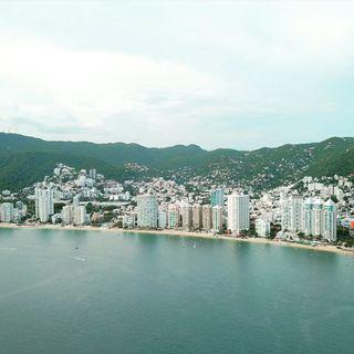 Acapulco con Sonido 8D