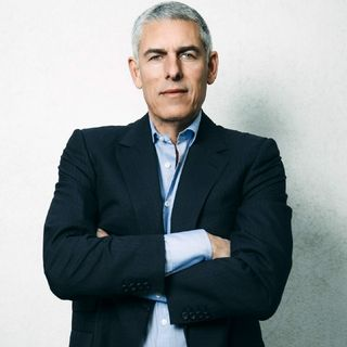 Viewer Request: Lyor Cohen, Culture Corrupting Figurehead? Or Hip Hop PuppetMaster?🤔