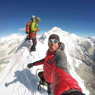 PRIXLINE: Sobrevivir al K2, trabajo en equipo.