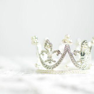 """Kto zasługuje na koronę? O """"najlepszych"""" w branży fitness"""