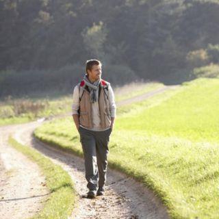 Caminar como una manera de combatir pensamientos rumiantes