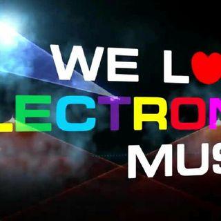En El Estudio de Electronic Music Party FM