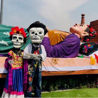 """Exposición """"Los colores de Frida"""" en el Zócalo capitalino"""