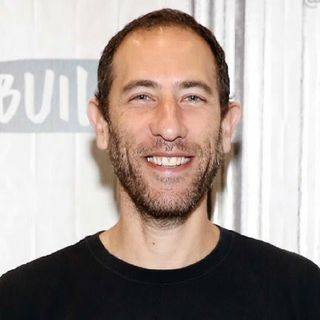 Ari 💩💩 Shaffir Gives Fake Apology As NYC Comedy Club Receive Death Threats Over Tasteless Kobe Bryant Joke.💣🔥