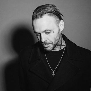 Justin from Blue October Joins the Show