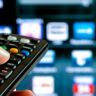 C'è il bonus tv: sconto del 20% se si rottama il vecchio televisore, per acquistarne uno nuovo