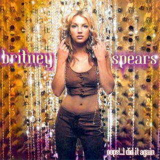 """20 anni fa usciva """"Oops!...I Did It Again"""" di BRITNEY SPEARS. Proprio di recente, la pop star è stata protagonista anche su Instagram....."""