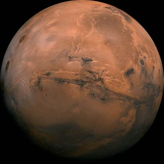Extended Classic – Cosmic Queries: Colonizing Mars
