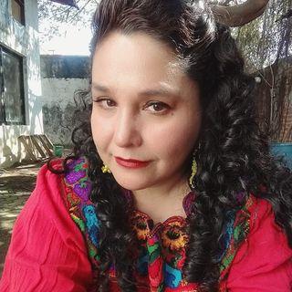 Literatura - 24 - En voz de Gabriela Cazáres Blanco