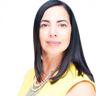 (#19) Pt I Interview with Elisa Charters, Founder of Lean In Latina Surge and Principal of EAC Business International