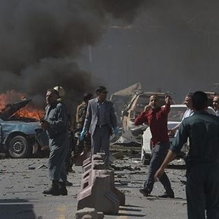 Afghanistan, Usa intercettano razzi contro l'aeroporto di Kabul. Oggi vertice a Washington
