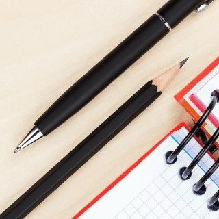 Is It Better to Choose a Pen or Pencil?