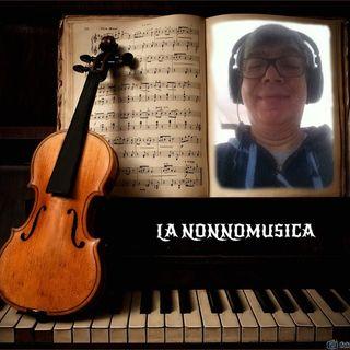 LA NONNIMUSICA 29 Musca da camera con Nonnaika