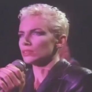 Eurythmics THE MIRACLE OF LOVE - LIVE -