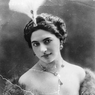 """""""El Crimen de Mata Hari"""""""