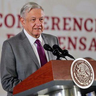 Se pronuncia López Obrador contra exámenes de admisión