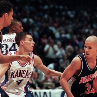College Ball Show: UCONN's Ten Year Run Starting Mid-90's! Kansas Jayhawks Rock Chalk (Choke) Job 1996-97 and More!