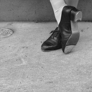 レッスンに通えなくても工夫次第でタップダンスは学べます。