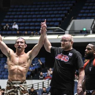 MMA Fighter John Salter - Middleweight fighter