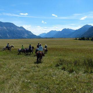 Informed Traveler SEG 3 (Feb. 19/17) Trail Riders Of The Canadian Rockies