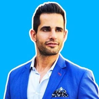 Media Personality and #Entrepreneur Chris Van Vliet talks career, #success on #ConversationsLIVE ~ @chrisvanvliet @ztprtweets