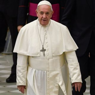 Pope Francis Won't Allow Married Men As Priests, Women As Deacons