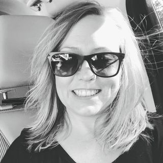 Episode 22-  Meet Sue who is now over 2.5 years sober