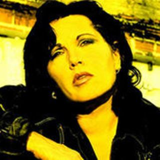 78 - Martha Davis of the Motels - Looking back on her career