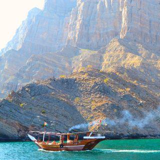 Tre volti dell'Oman: canyon, fiordi e oasi