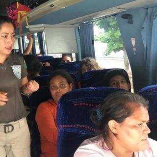 Migrantes llegan en 45 autobuses a CDMX