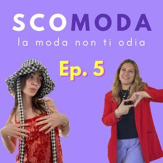 SCOMODA - L'intimo scomodo