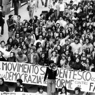 Corteo studentesco di estrema sinistra Roma (1974)
