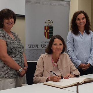La ministra de Industria se acerca a las necesidades de Getafe