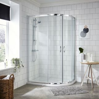 Offset Quadrant Shower UK