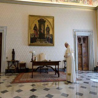 Papa reza para pedir a Dios detenga la pandemia