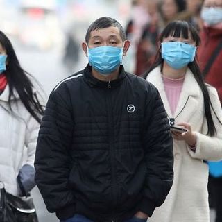 Coronavirus, emergenza a Pechino: città blindata, schierati 100mila operatori sanitari