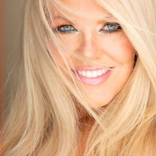 Jim & Florence of The Forum talk w/Legendary Actress & Producer Tracey Birdsall, Upcoming Projects