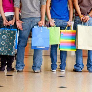 Marcados:  la explotación comercial de los adolescentes