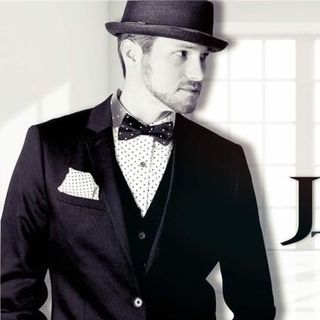 Scott Jordan as Justin Timberlake and more