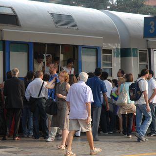 Tutto Qui - lunedì 16 ottobre - Pendolari, treni e smentite ad articoli di giornale