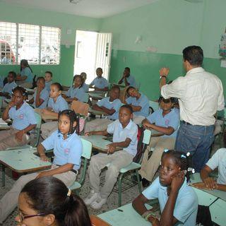 """""""La guagua va en reversa"""" a nivel de educación en RD (parte 2)"""