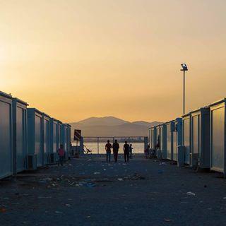 Campi profughi in Grecia: la testimonianza di una fotoreporter