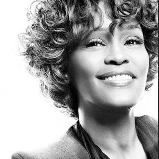 """Parliamo di Whitney Houston e della sua hit """"How will I know"""", estratta dall'album di esordio del 1985."""