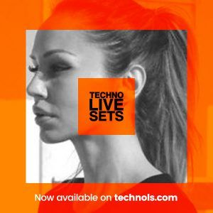 Techno: Deborah De Luca HONOR Music In World Out x Beatport
